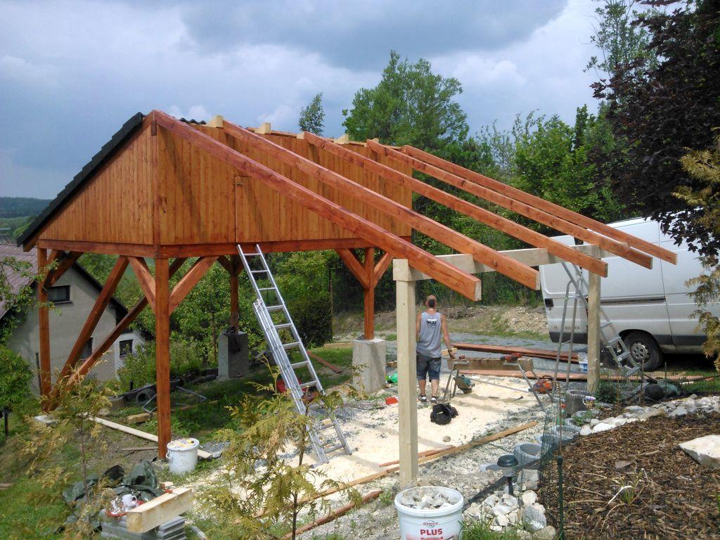 zahradni-stavby-stani-pro-auta-020